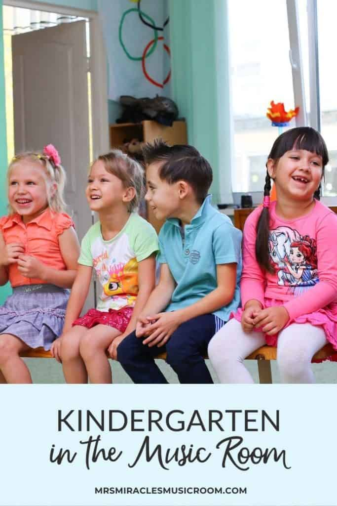 Tips for teaching Kindergarten music: Great strategies for teaching music to Kindergarteners! Includes a link to a free Kindergarten lesson!